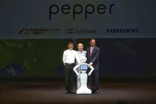 日本情感机器人Pepper机器人月底再开售:10000元人民币